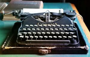 typewriter-1603999_1920